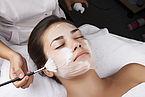 Medizinisches Fruchtsäure-Peeling von Neostrata – wird nur bei Hautärzten.